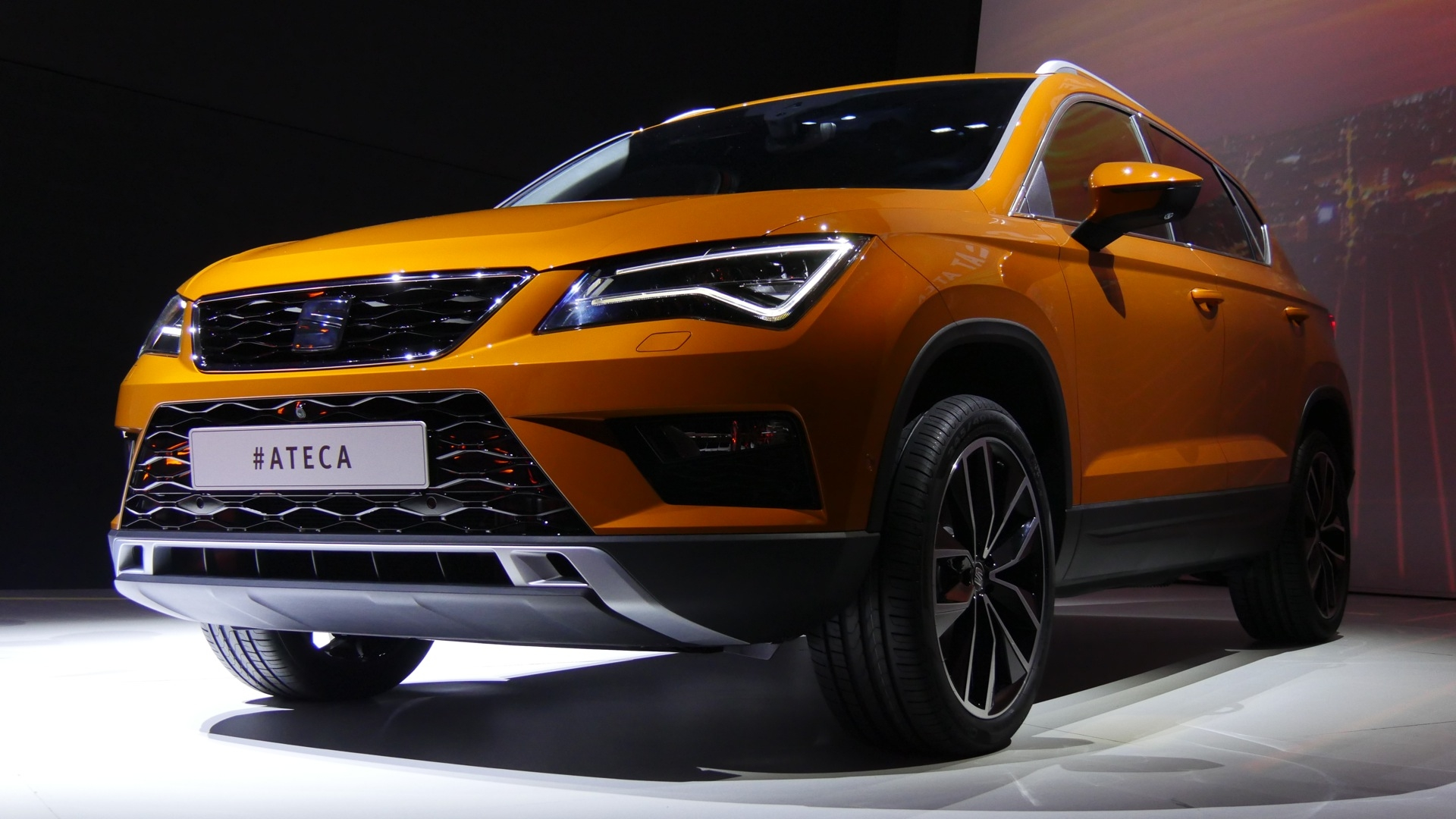 seat ateca cupra prix cupra ateca 2018 photos officielles du suv seat de 300 ch seat ateca. Black Bedroom Furniture Sets. Home Design Ideas
