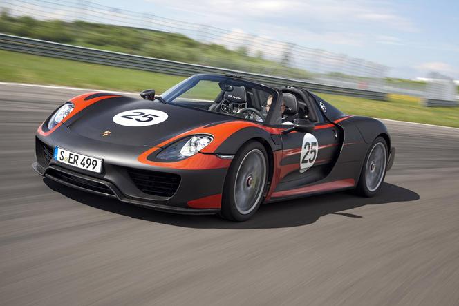Porsche officialise sa 918 Spyder : 887 ch exactement