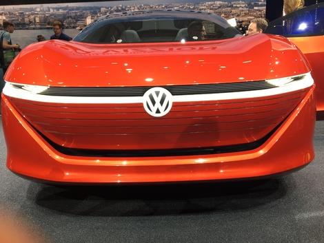 Volkswagen I.D. Vizzion : le futur haut de gamme - Vidéo en direct du salon de Genève