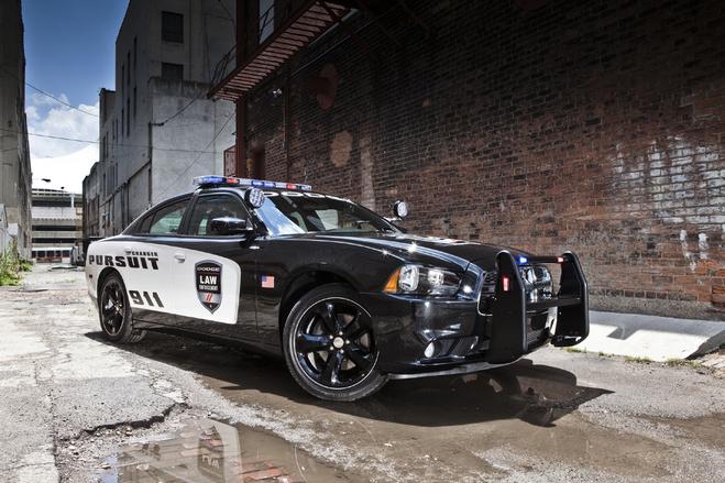 """La Dodge Charger de police """"pace car"""" pour la prochaine course de Nascar"""