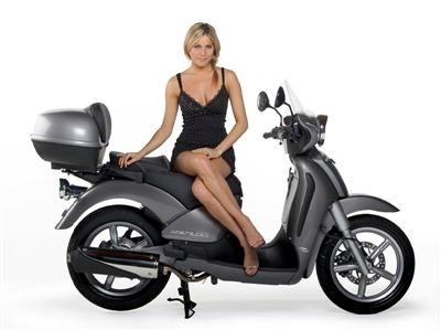 Scooter & Sexy : en scarabeo avec Miss Italie