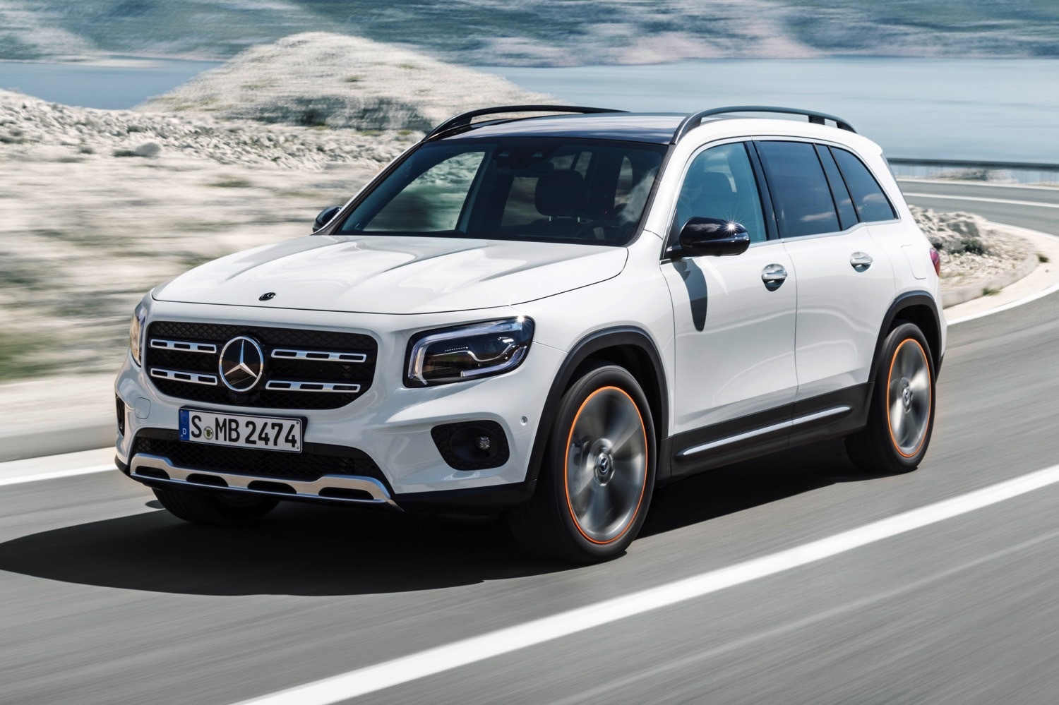 Salon De Francfort 2019 Mercedes Glb Chainon Manquant
