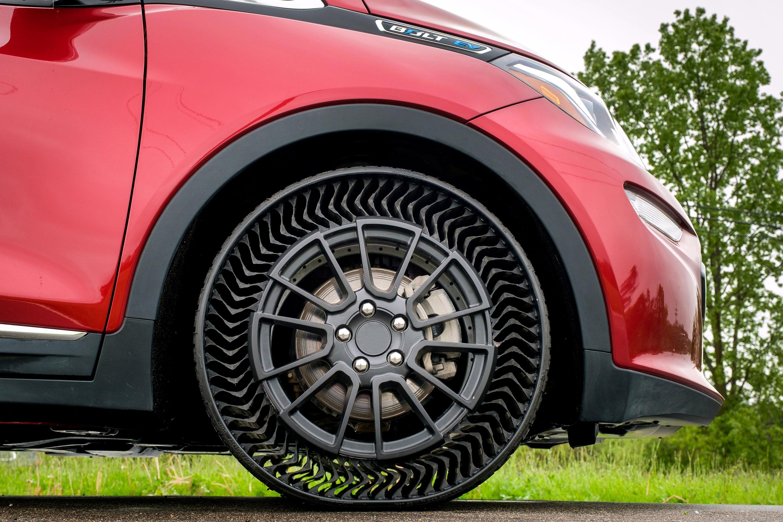 michelin d voile un pneu increvable sans air en vente d 39 ici cinq ans. Black Bedroom Furniture Sets. Home Design Ideas
