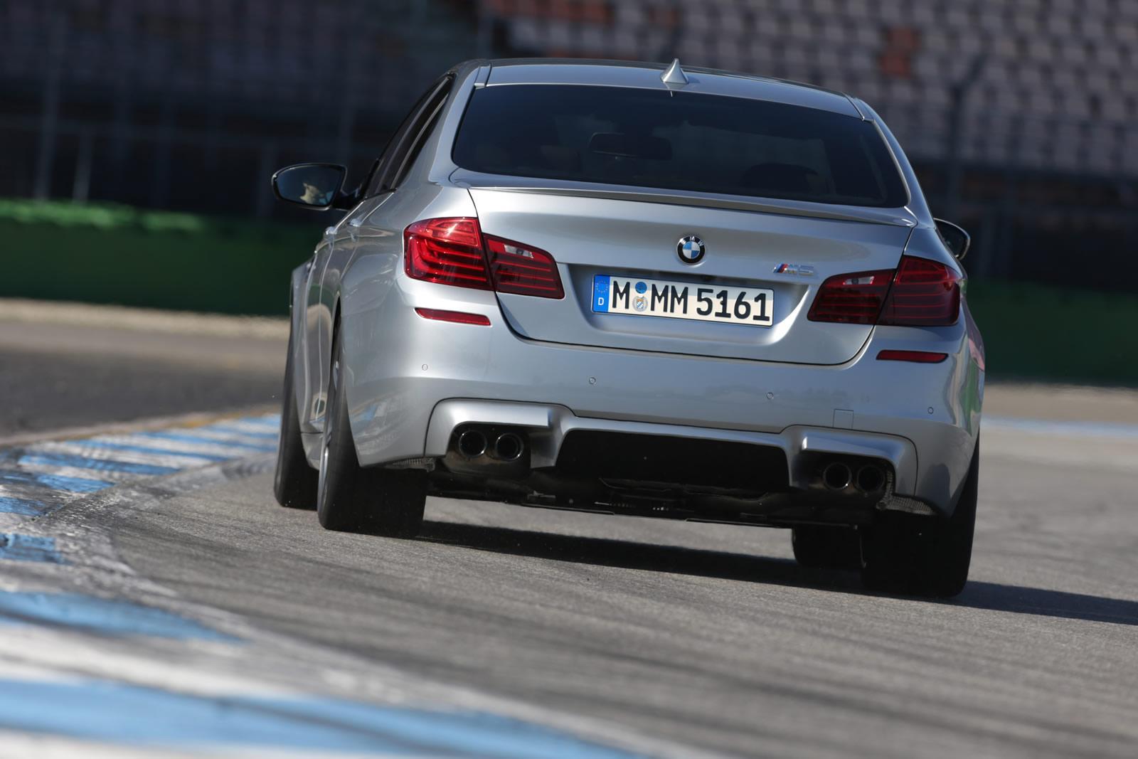 http://images.caradisiac.com/images/6/7/9/3/86793/S0-Nouvelles-BMW-M5-et-M6-Competition-Package-15-ch-293903.jpg