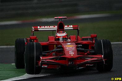 Formule 1 - Italie D.1: Raïkkonen arrose la reconduction