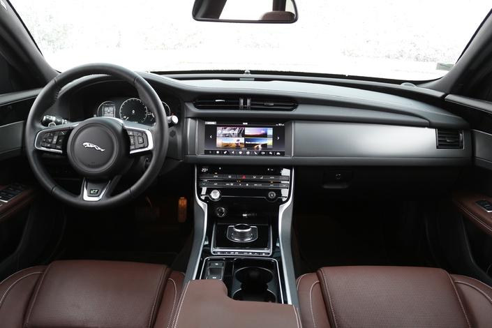 Essai vidéo - Jaguar XF 2 Sportbrake (2018) : break de classe