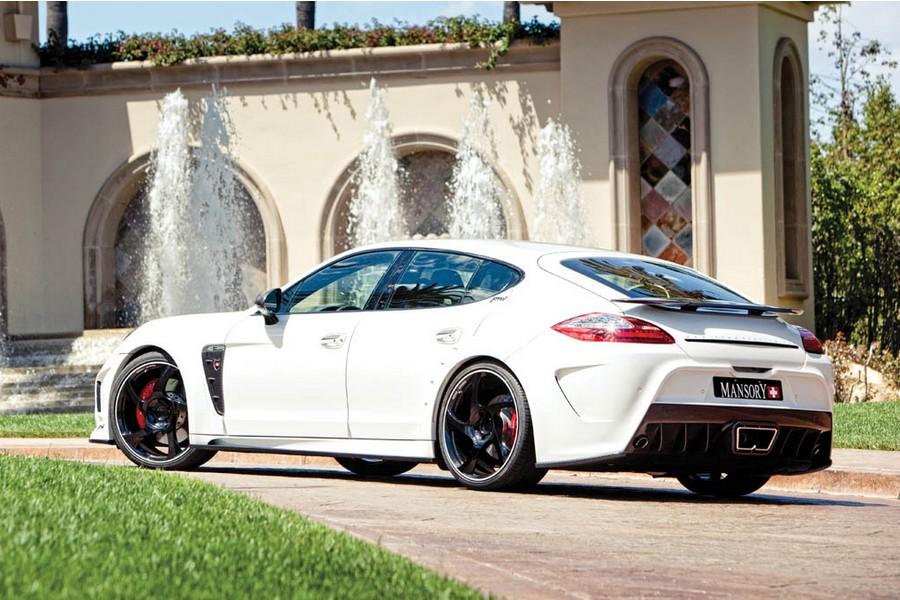 http://images.caradisiac.com/images/6/8/2/3/76823/S0-RTW-Motoring-preparateur-americain-pour-le-meilleur-et-pour-le-pire-255976.jpg