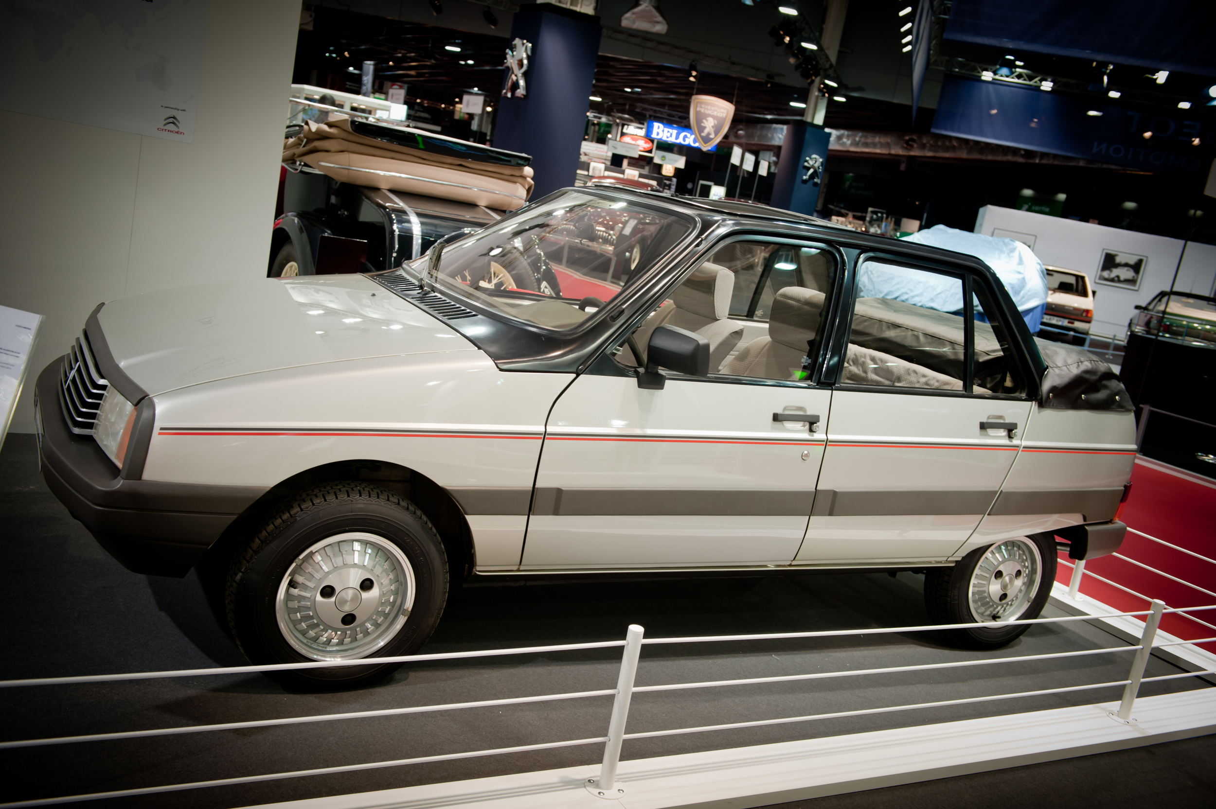 2020 - [Volkswagen] T-Roc cabriolet  - Page 3 S0-Souvenirs-quand-Citroen-proposait-la-Visa-decouvrable-328692