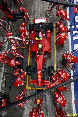 Formule 1 - Ferrari: Tous pour un