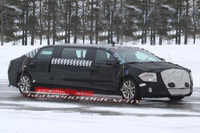 """Une Cadillac XTS """"extra longue"""" en préparation"""