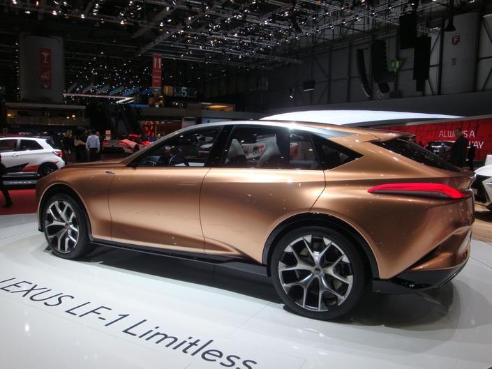 La version de série de ce LF-1 devrait être prête en 2020.