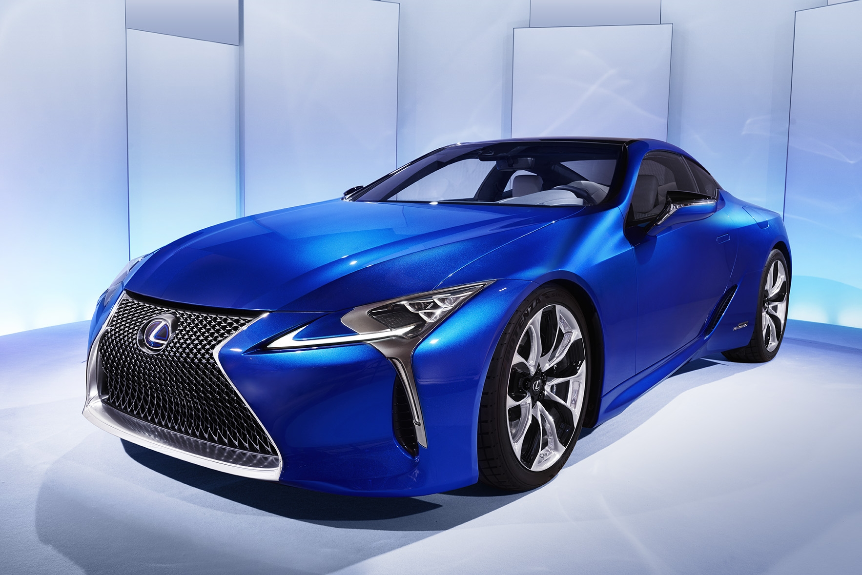 Presentation Video Lexus Lc500h Quand Hybride Rime Avec Sportivite 106854 also 2017 vision mercedes maybach 6 k Wallpapers moreover 91 Porsche 911 964 C2 A C Heater Box With Blower Motors 96484357311 Db200844 further 30318 also Ds3 Cabrio 2016. on lexus cabriolet