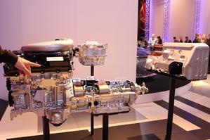 Présentation vidéo - Lexus LC500h : quand hybride rime avec sportivité