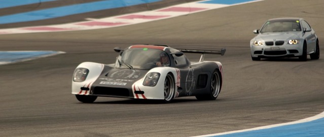 Vidéo - La minute du propriétaire : Ultima GTR - Une voiture de course sur route