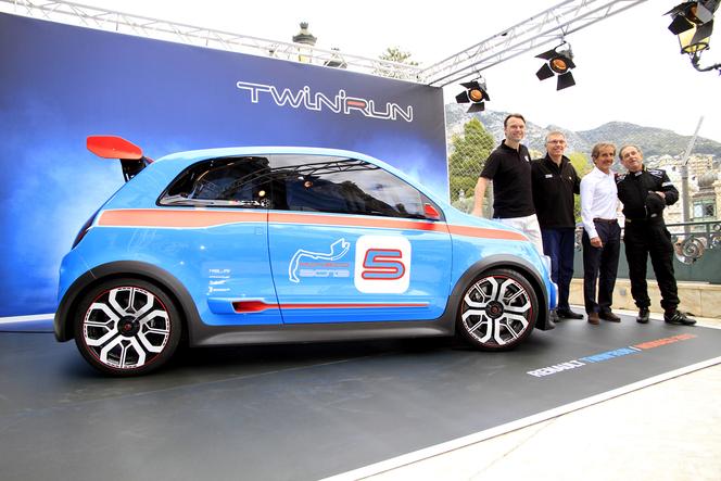 2018 - [Renault] Twingo III restylée - Page 10 S1-Video-Les-Virees-Caradisiac-en-Renault-Twin-Run-au-Grand-Prix-de-Monaco-294259