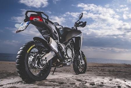 Pirelli équipe la Ducati Multistrada 1200 Enduro avec ses Scorpion Rally