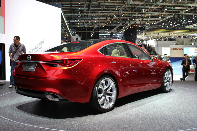 En direct du Salon de Genève : Mazda Takeri : future 6