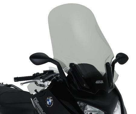 GIVI équipe le BMW C600 Sport pour la balade