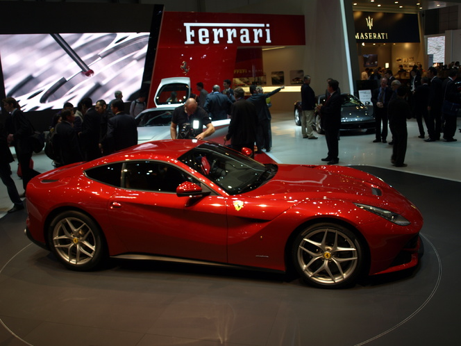 En direct du Salon de Genève : la vidéo de la Ferrari F12 berlinetta