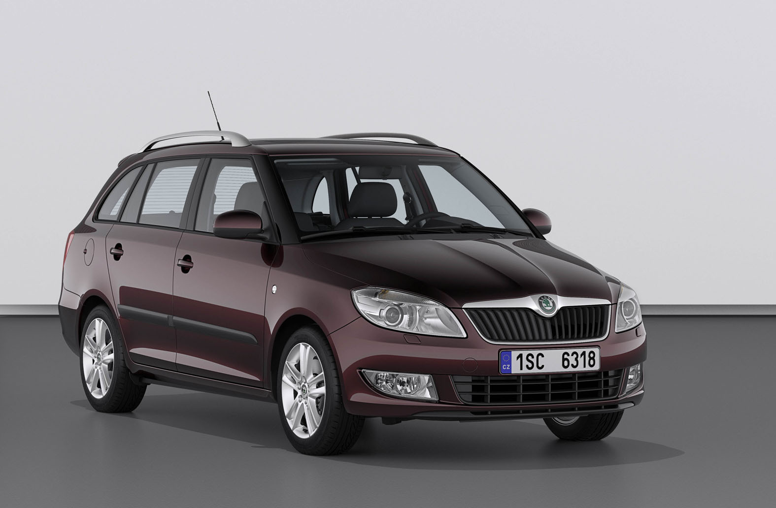 skoda fabia combi petit break. Black Bedroom Furniture Sets. Home Design Ideas