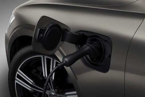 Les deux hybrides rechargeables arriveront en fin d'année.