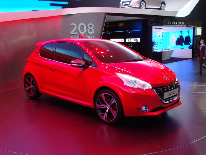 Vidéo en direct de Genève 2012 : Peugeot 208 GTI Concept, une renaissance