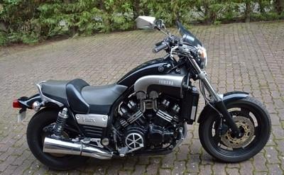 Vente Osenat du 20 mars 2016: des motos modernes...
