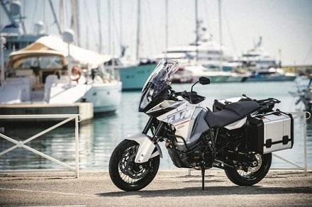 Nouveauté – KTM: la 1290 Super Adventure se montre officiellement