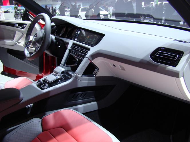 Vidéo en direct de Genève 2012 - Volkswagen Cross Coupé Concept, 306 ch et 1,8 l/100 km