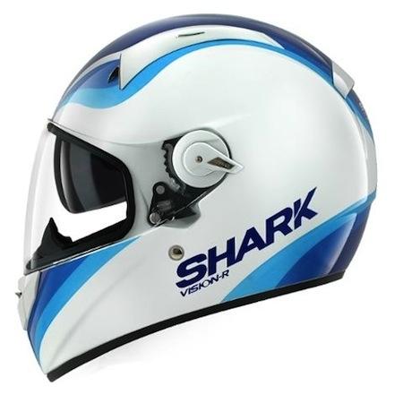 Shark Vision-R : pour voir la route en format grand écran…