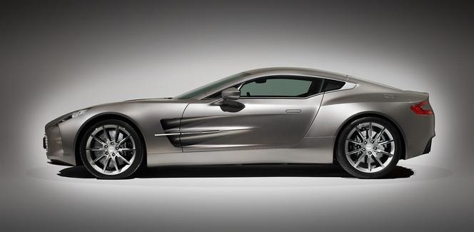 (Minuit chicanes) Le charme suranné d'Aston Martin