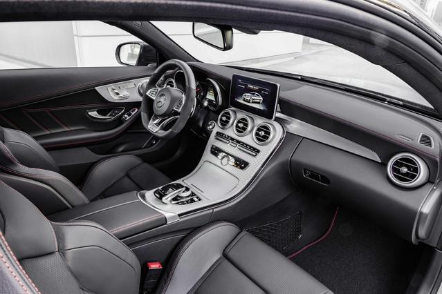 Salon de Genève 2016 - Mercedes C43 AMG Coupe : l'AMG pour les moins aisés