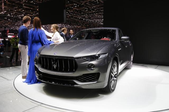 Maserati Levante : polémique - Vidéo en direct du salon de Genève 2016 + 1er Live