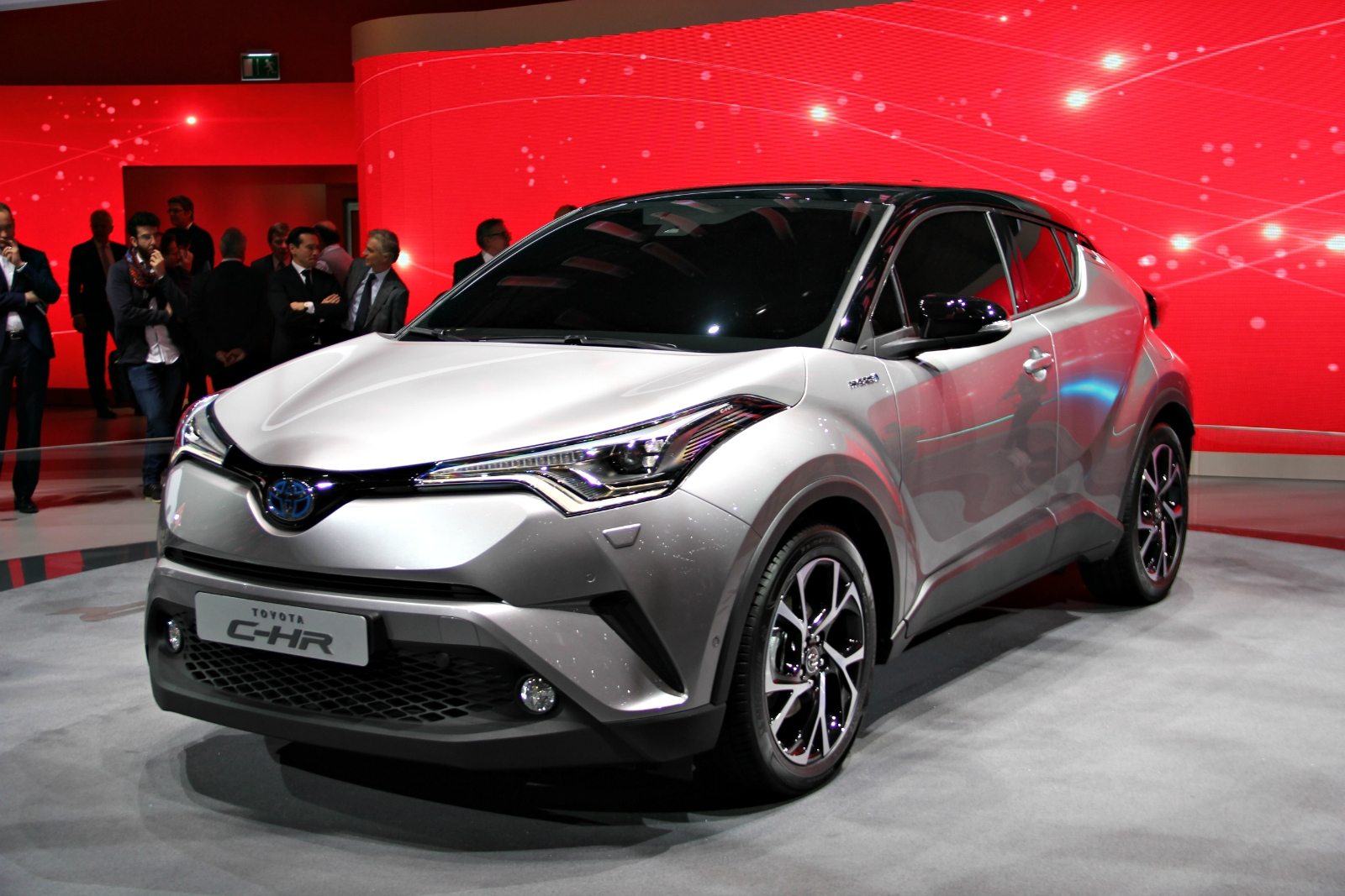 [Image: S0-toyota-c-hr-original-en-direct-du-sal...373168.jpg]