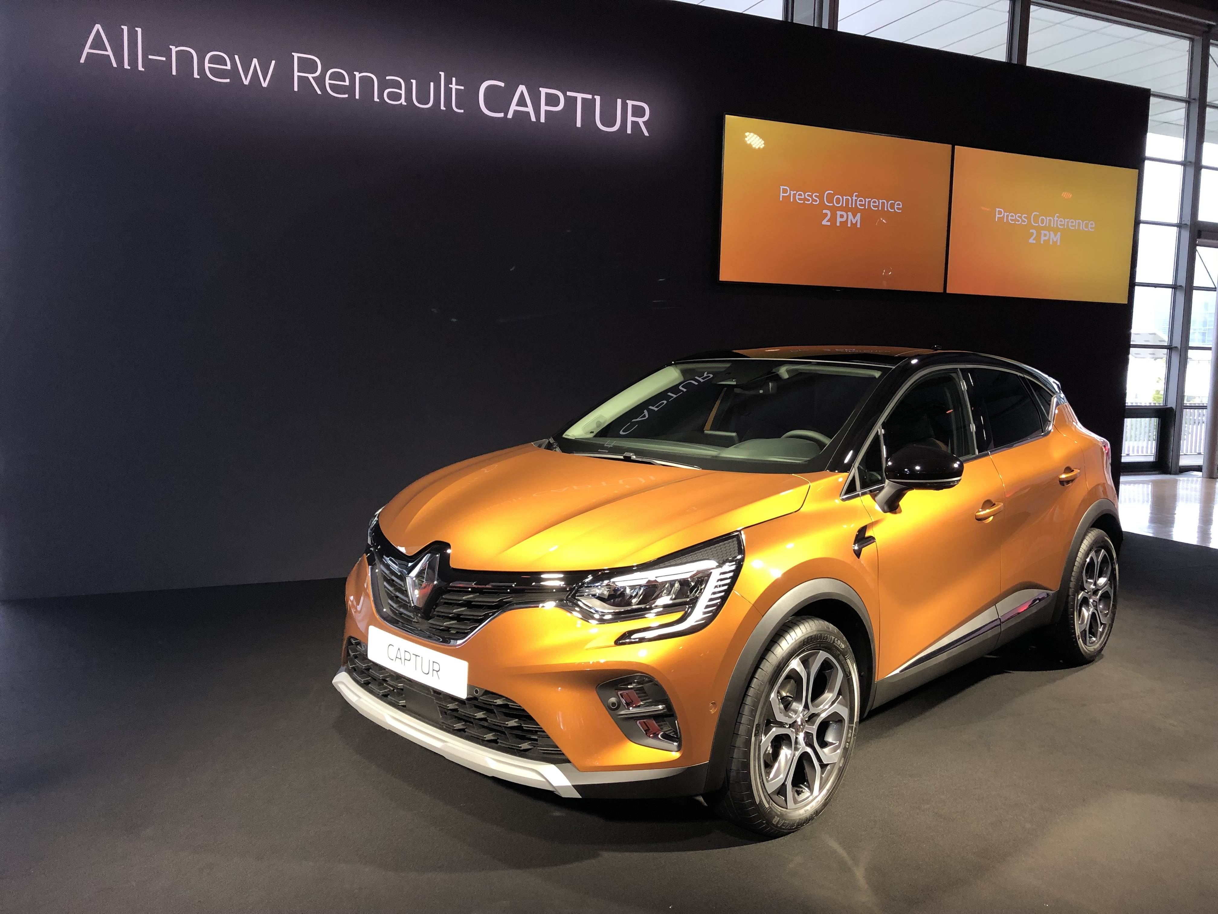 2019 - [Renault]  Captur II [HJB]  - Page 26 S0-renault-captur-2-2019-plus-grand-et-plus-mature-presentation-video-602357