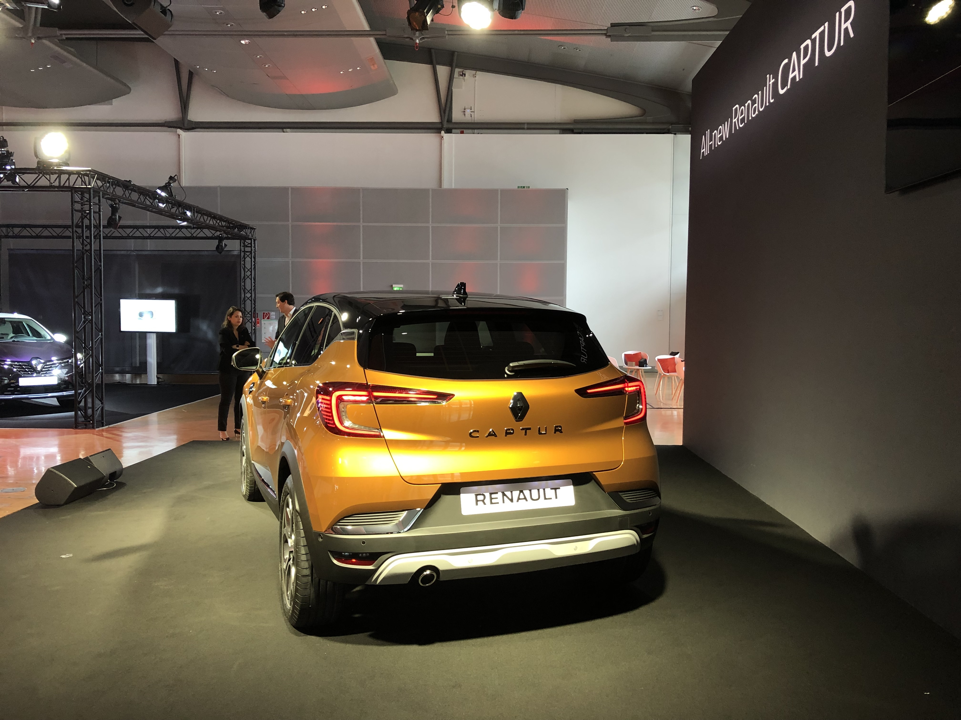 2019 - [Renault]  Captur II [HJB]  - Page 26 S0-renault-captur-2-2019-plus-grand-et-plus-mature-presentation-video-602359