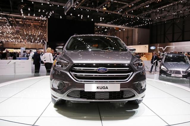 Ford Kuga restylée : la métamorphose - Vidéo en direct du Salon de Genève 2016