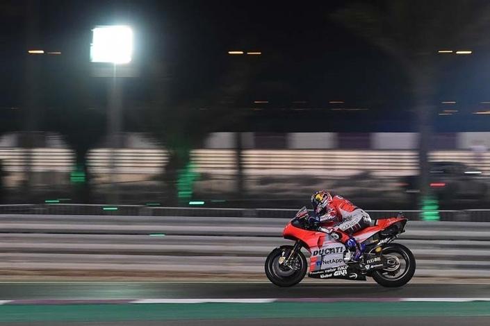 MotoGP – Qatar J.3: Dovizioso contrôle Márquez