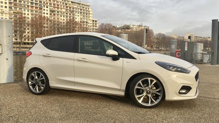 Ford Fiesta 1.0 EcoBoost 155 mHEV (2021) - L'évaluation ...