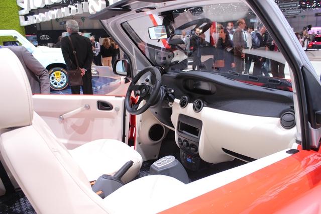 Citroën E-Mehari : souvenirs, souvenirs - Vidéo en direct du salon de Genève 2106