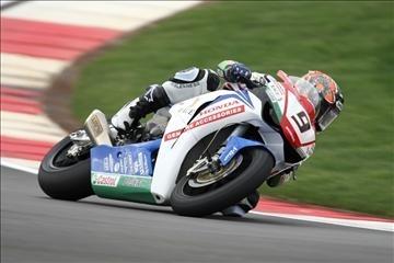 Superbike - Honda: Ten Kate dégrossit encore la nouvelle CBR