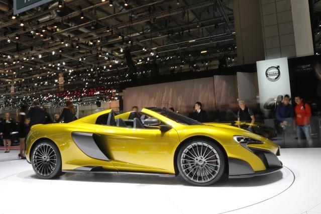 McLaren 675LT Spider: décoiffante - En direct du salon de Genève 2016
