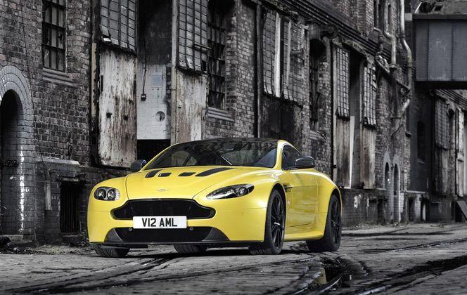 Nouvelle Aston Martin V12 Vantage S avec 573 ch
