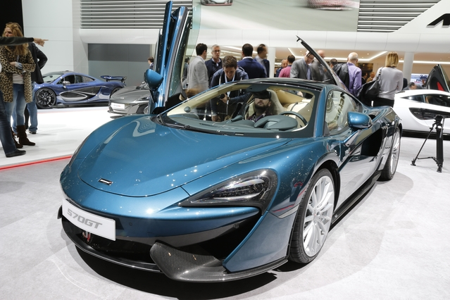 McLaren 570 GT: Grande Touriste - En direct du salon de Genève 2016