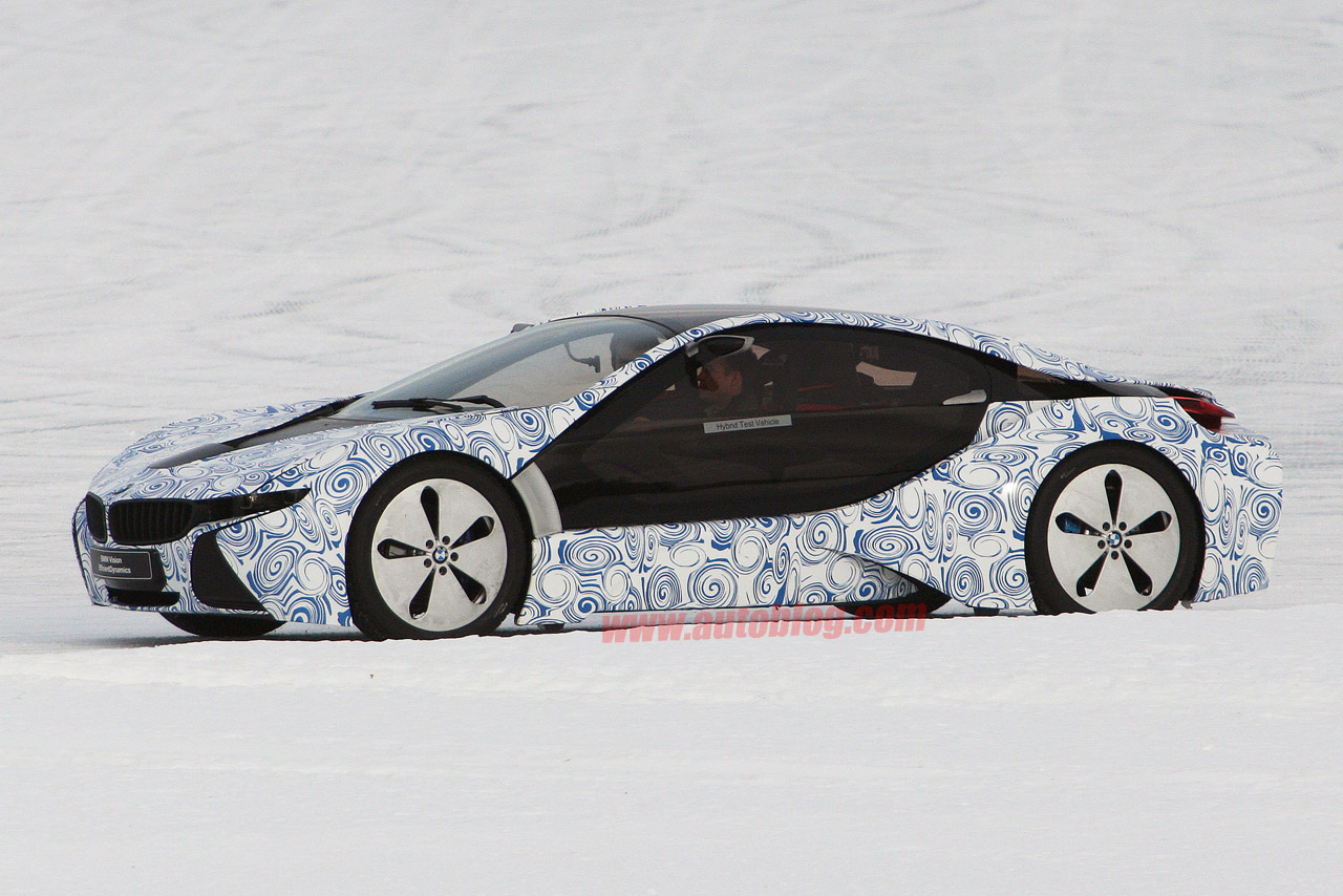 vid o la future bmw i8 en test grand froid. Black Bedroom Furniture Sets. Home Design Ideas