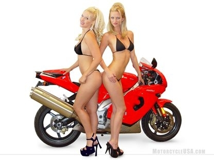 Moto & Sexy : doublement blondes
