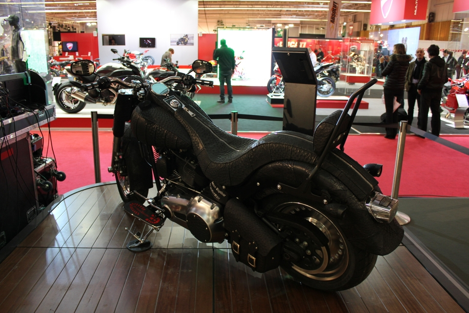 En direct du salon de la moto 2011 : Harley Davidson préparée par Free Lance et Jean Baptiste Rautureau