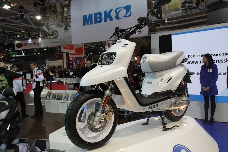 En direct du salon de la Moto 2011 : MBK Booster Naked 13 pouces