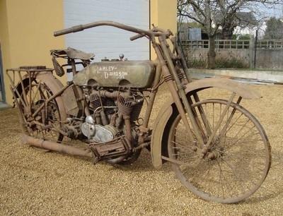 Enchères ce samedi 26 mars à Vannes: des motos anciennes...
