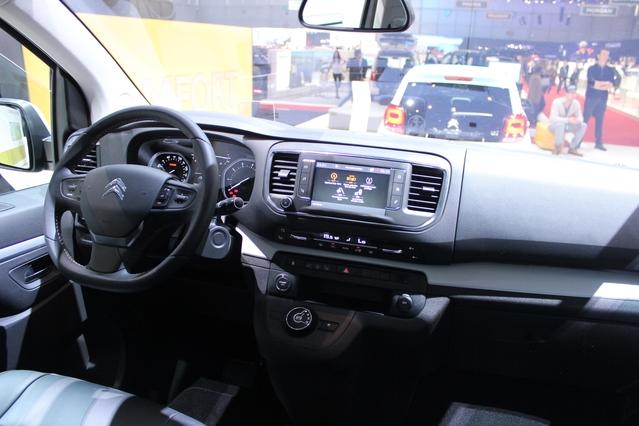 Citroën Space Tourer : transport de troupe - Vidéo en direct du salon de Genève 2016